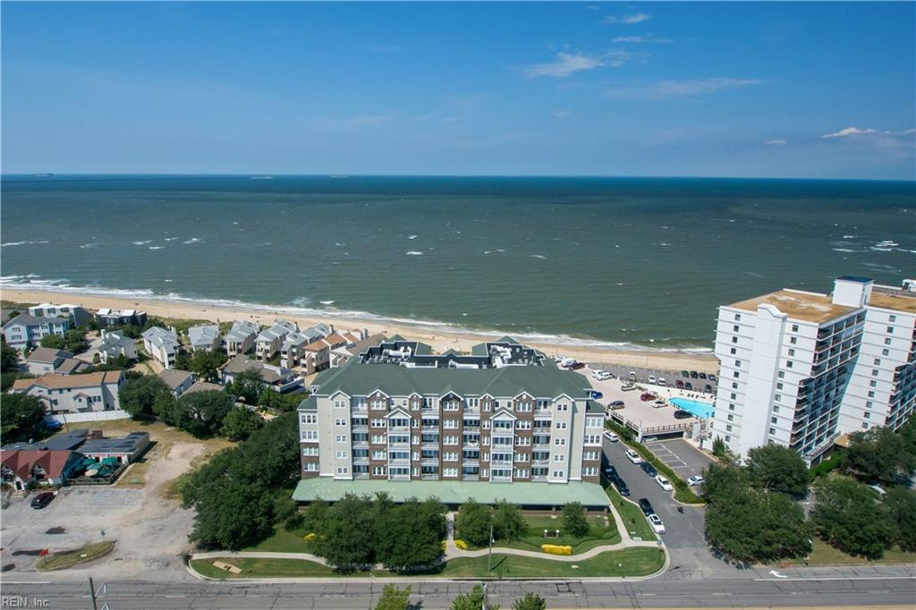 3800 Dupont Circle 201, Virginia Beach, VA 23455