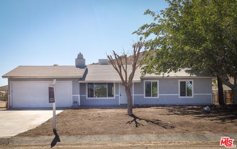 40111 FIELDSPRING Street, Lake Los Angeles, CA 93591