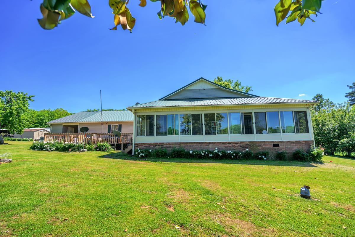 2643 Campbells Station Rd, Culleoka, TN 38451