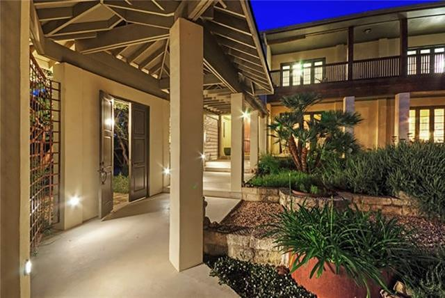 Harmony of space & classic architectural rhythm make for a home where efficiently planned, livable interior spaces flow outward into lush & livable exterior spaces, each being connected & enhanced by the other. Interaction between indoor & outdoor creates a tranquil & secluded feel to this truly unique home. Courtyard spaces provide acoustical & visual privacy from the street, allowing the garden to be a place for meditation in a lush refuge. Covered porch & balcony provides ideal space for entertaining.