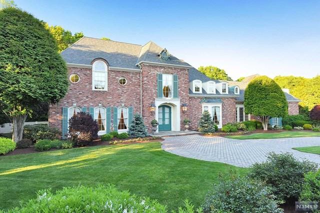 103 Greenfield Hill, Franklin Lakes, NJ 07417
