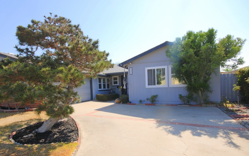 "Charming and hard to find 5 bed 2 bath 1,963sq/ft ""single-story"" home situated in a cul-de-sac location on a 6,200sq/ft lot. Property was built in 1962 and comes with a nice open floor plan, galley kitchen, plenty of storage, mature landscaping, private spa. Walking distance to shops, stores and restaurants.  1-car attached garage with enough room to park additional cars in the driveway. Close to Rose Canyon Open Space, Marcy Park and Pottery Canyon Natural Park. Local schools include Spreckels ElementaryCharming and hard to find 5 bed 2 bath 1,963sq/ft ""single-story"" home situated in a cul-de-sac location on a 6,200sq/ft lot. Property was built in 1962 and comes with a nice open floor plan, galley kitchen, plenty of storage, mature landscaping, private spa. Walking distance to shops, stores and restaurants.  2-car attached garage with enough room to park additional cars in the driveway. Close to Rose Canyon Open Space, Marcy Park and Pottery Canyon Natural Park. Local schools include Spreckels Elementary, Standley Middle, University City High, and Mission Bay Montessori. One of the best locations in all of University City. The house needs a little TLC. The closest grocery stores are Sprouts Farmers Market, Vons and Trader Joe's. Nearby coffee shop include Starbucks and Coffee Bean and Tea Leaf. Also close to computer repair business, Rite Aid, Dry Cleaners, Veterinarian, Taylor shop, urgent care, karate studio, beauty clinic, hairdresser, dentists offices, donut shop and many more boutique stores."