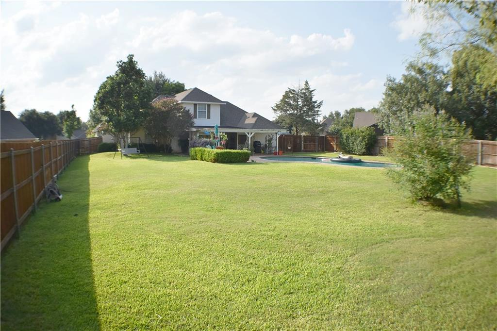 3905 Buena Vista Circle, Granbury, TX 76049