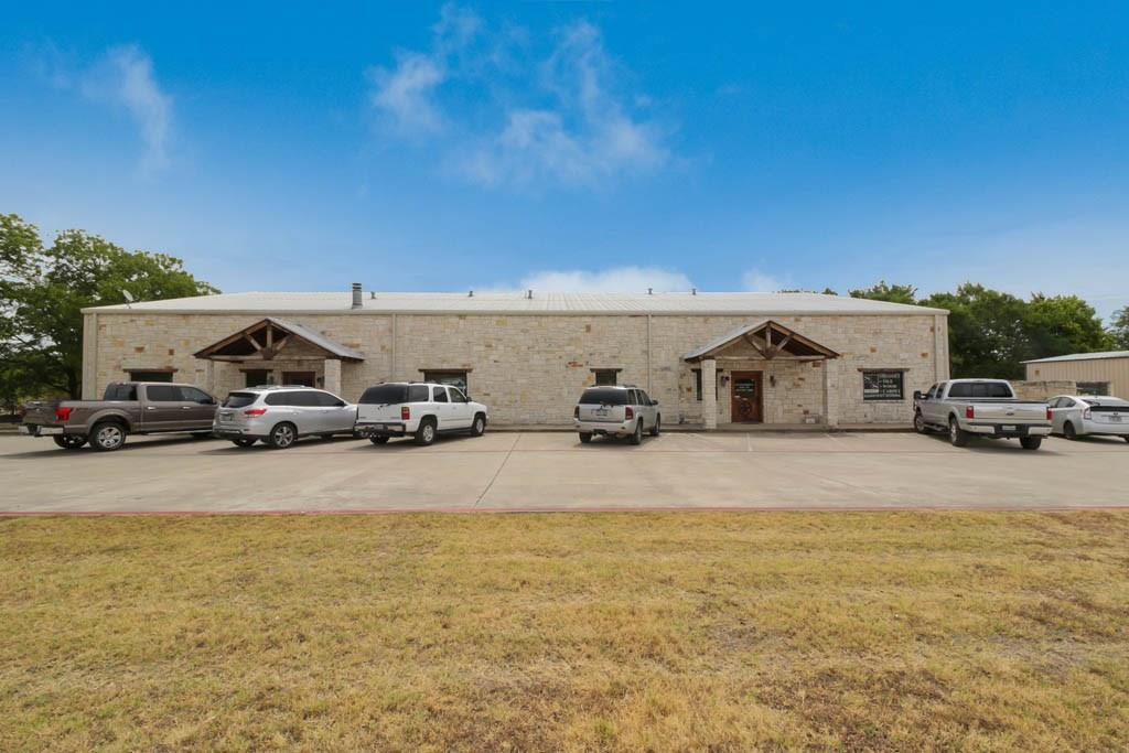352 N Rudd Street, Burleson, TX 76028