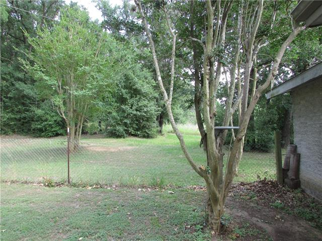 THIS PROPERTY OFFER YOU MULTIPLE SCENARIOS. IT CAN BE FOR YOUR BUSINESS; IT HAS FRONTAGE WITH HWY 95. IT HAS AN OLD COMFORTABLE STONE HOUSE THAT COULD BE YOUR HOME OR OFFICE. SMALL WORK AREA OUTSIDE. THE HOUSE IS FENCED AND SEPARATE FOR THE REMAINING ACREAGES. THE 14 ACRES ARE COVER WITH A LOT OF MATURE OAKS AND WOODED AREA. WE CAN OFFER MULTIPLE FINANCED OPTIONS.