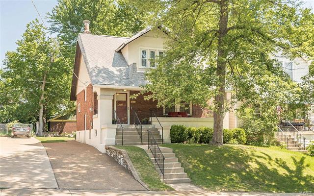 7217 Zephyr Place, Maplewood, MO 63143