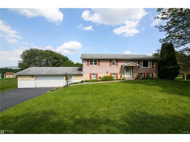 8172 Sharon Drive, Washington Twp, PA 18080