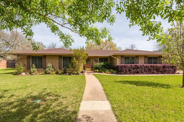 Here it is...desirable location (Angus Valley) and home on oversized lot, features heated pool, updated kitchen, dining, and living areas in well-suited location for major employers, The Domain, and easy access to Austin's major thoroughfares. Come see it now...
