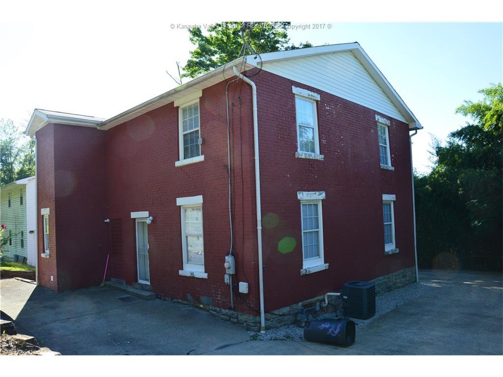 3911 Washington Street W, Charleston, WV 25387