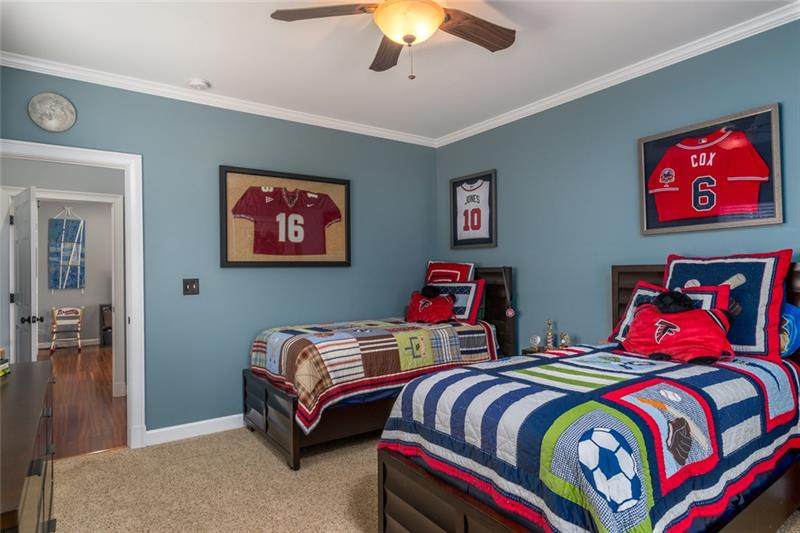 Add'l view of 1 of 3 spare bedrooms!