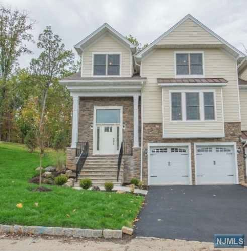 12 Summit Drive, North Caldwell, NJ 07006