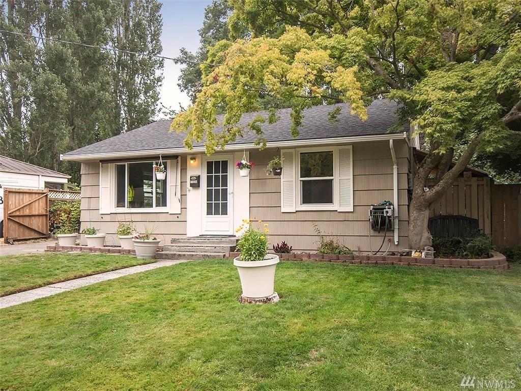 11336 12th Ave NE, Seattle, WA 98125