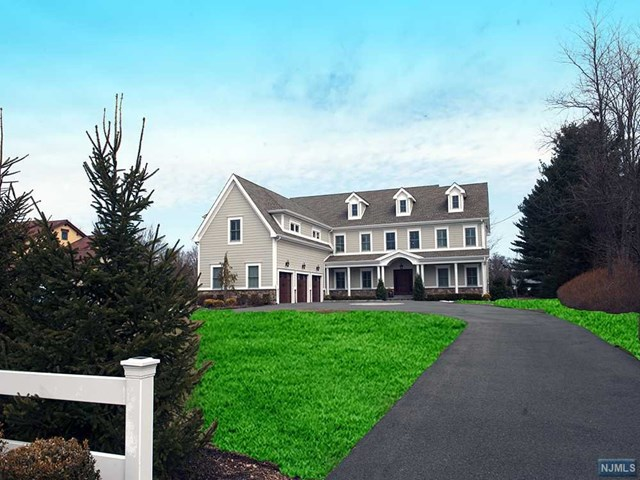 1025 Franklin Lakes Road, Franklin Lakes, NJ 07417