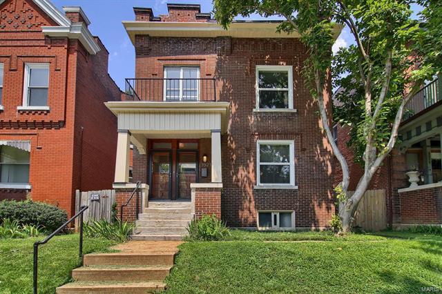 3521 Arsenal Street, St Louis, MO 63118