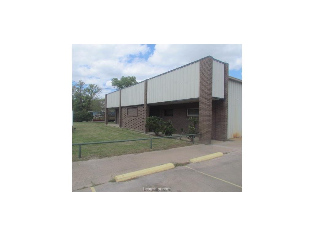 400 Industrial Boulevard, Bryan, TX 77801