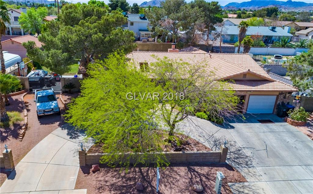 381 COUNTRY CLUB Drive, Henderson, NV 89015