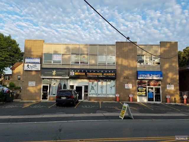 436 Bergen Boulevard, Ridgefield, NJ 07657