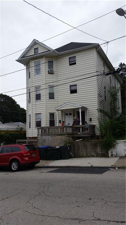 62 Sterling AV, Providence, RI 02909