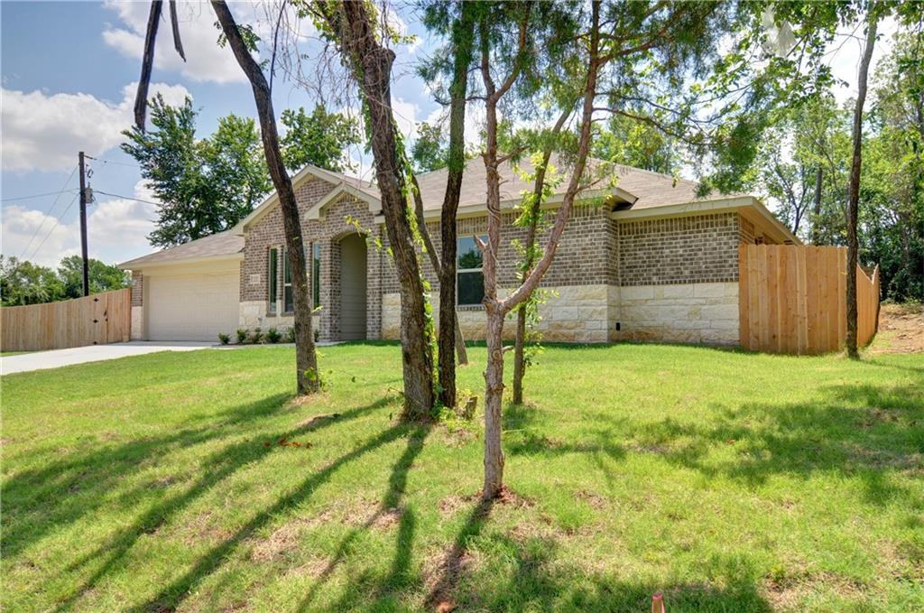 1301 Avenue C, Grand Prairie, TX 75051