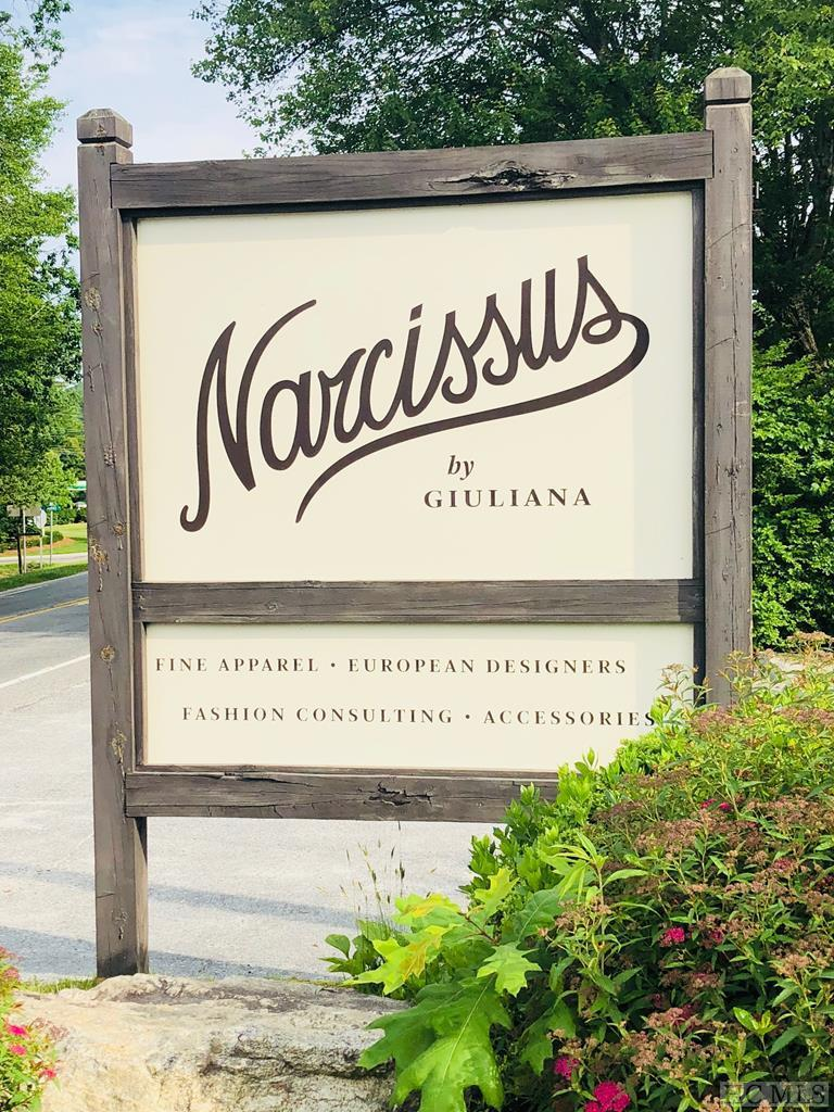 Your fashion-forward life begins now! A superb enterprise opportunity for the entrepreneur desiring great cash flow, fun, and being surrounded by gorgeous merchandise and clientele. Founded by fashion expert, Giuliana Kaufman, the Narcissus business has devoted customers & exclusive lines that appeal to the most discriminating buyer. Includes 4 weeks of training (30 hours per week) in business operations, as well as intellectual property, goodwill, and a noncompete agreement. Inventory sold separately. Buyer of business may either purchase the real property (for details, see MLS # 88537), or elect to rent from the Seller.