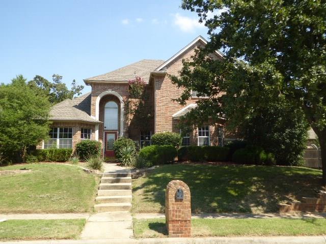 8212 Hallmark Drive, North Richland Hills, TX 76182