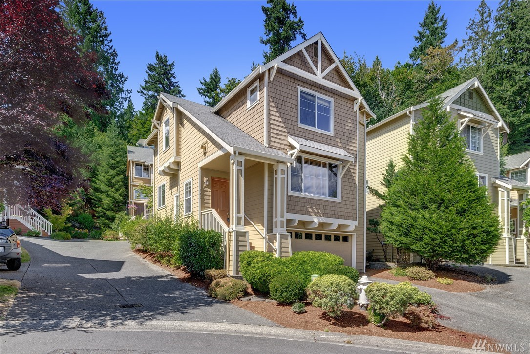 139 Sunset Ct NW, Issaquah, WA 98027