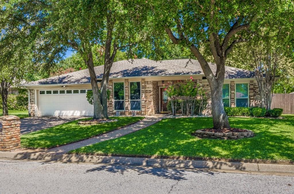 8533 Neil Court, North Richland Hills, TX 76182