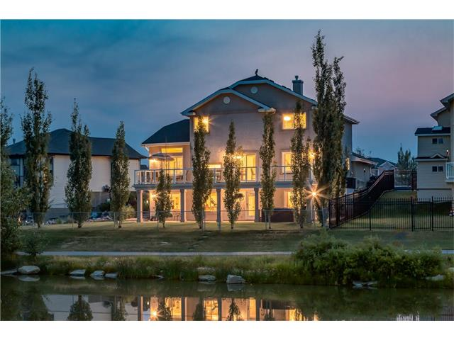 60 CANOE Road SW, Airdrie, AB T4B 2L5