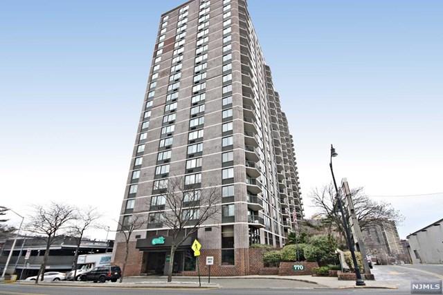 770 Anderson Avenue, Cliffside Park, NJ 07010
