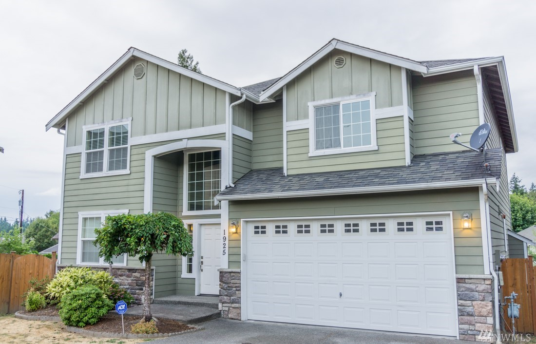 1925 144th Place SW, Lynnwood, WA 98087