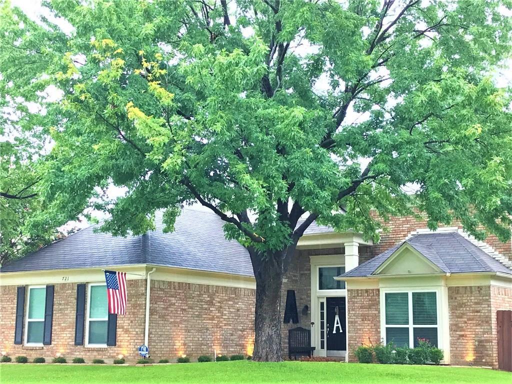721 Bridget Way, Hurst, TX 76054