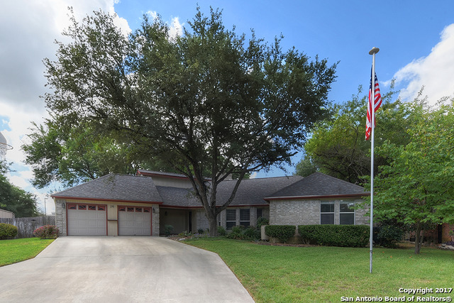 210 Preston Holw, New Braunfels, TX 78132