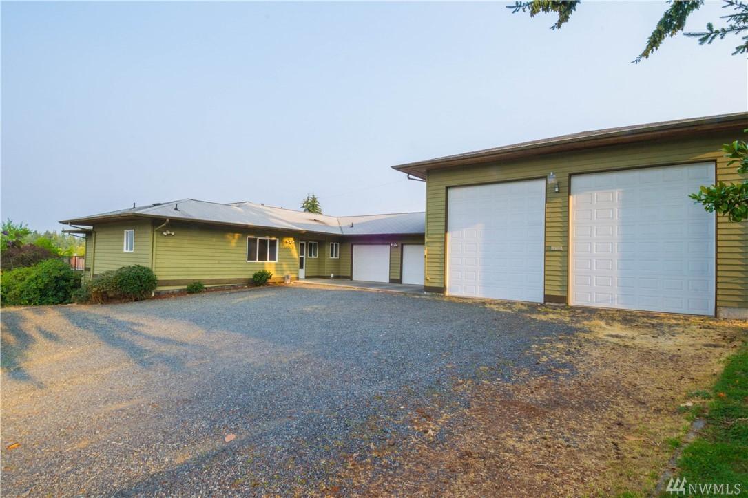 16925 Larch Wy, Lynnwood, WA 98037