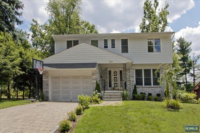 600 Ogden Avenue, Teaneck, NJ 07666