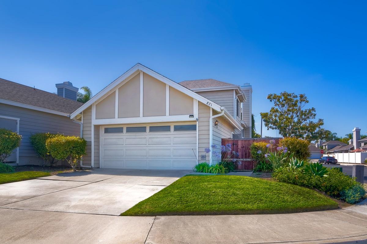 821 Windcrest, Carlsbad, CA 92011