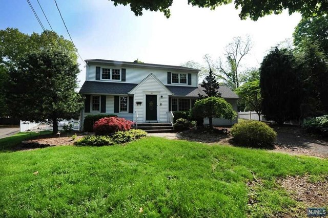 62 Leone Court, Glen Rock, NJ 07452
