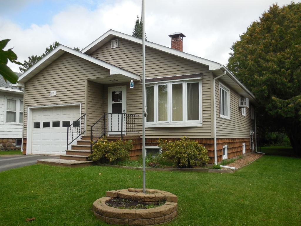 517 1st Street, Moose Lake, MN 55767