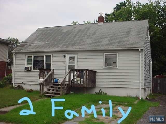 193 Van Riper Avenue, Elmwood Park, NJ 07407