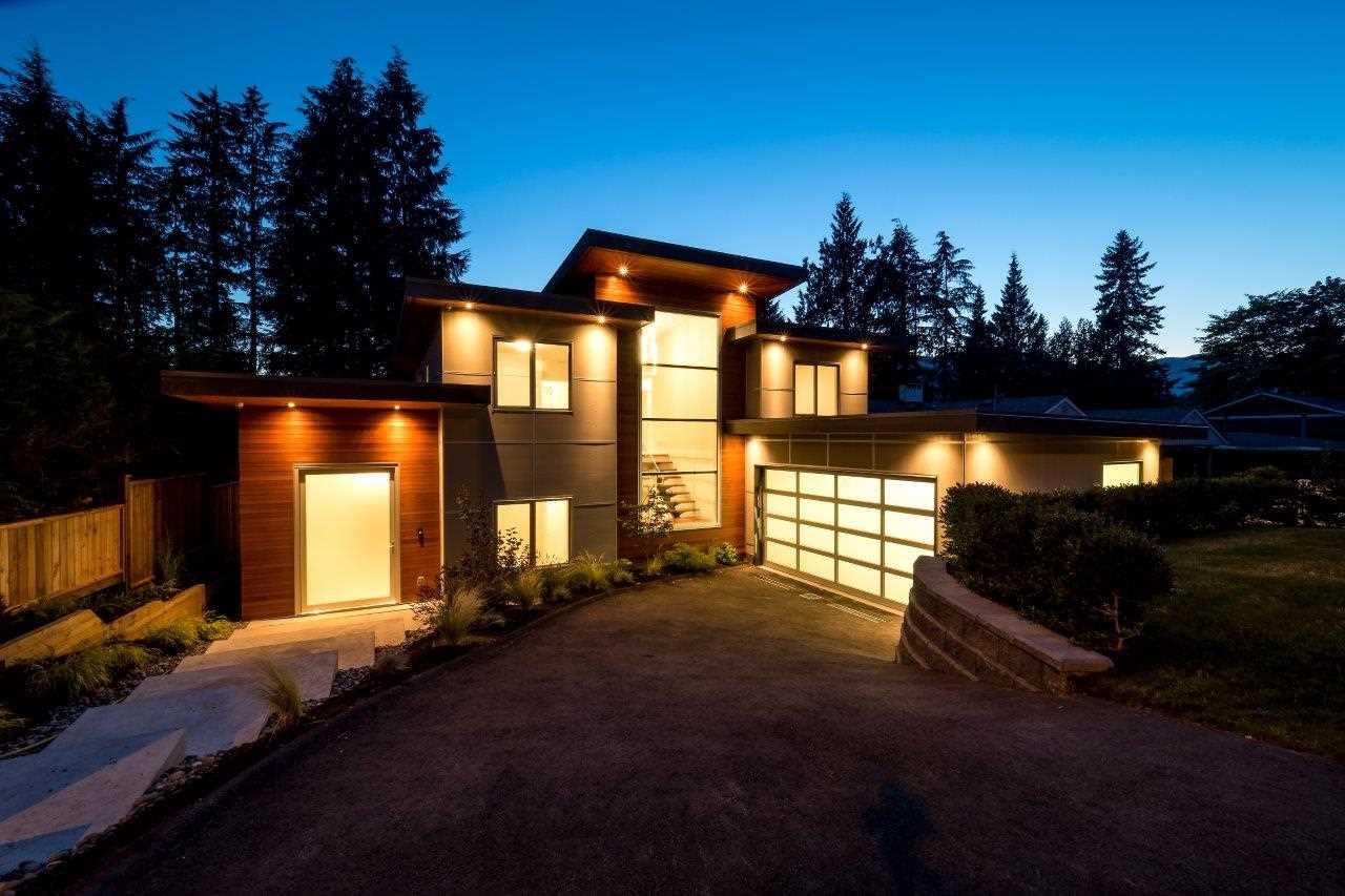 4731 CEDARCREST AVENUE, North Vancouver, BC V7R 3R4