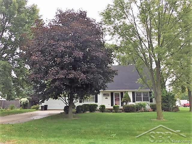 Nicely located Saginaw Twp home, 3 bedroom, 2 baths, living room, family room with fireplace, nice kitchen with all appliances included and beautiful south facing sun-room. Home warranty.