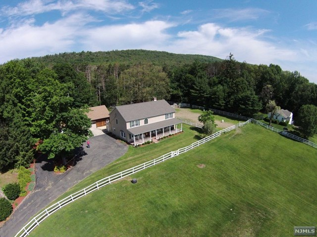 1059 Union Valley Road, West Milford, NJ 07480