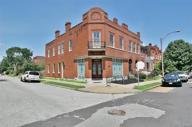 2649 Wyoming Street, St Louis, MO 63118