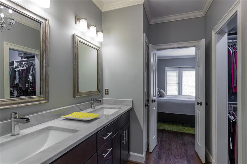 Master bath also has plenty of counter space, double vanity & large walk-in closet!