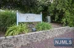42 Willow Wood Square 42, East Rutherford, NJ 07073