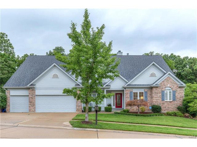 1955 Highland Forest Court, Chesterfield, MO 63017