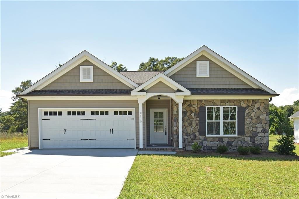 Picture of beautiful single-family home in Sherwood Forest, Winston-Salem, NC