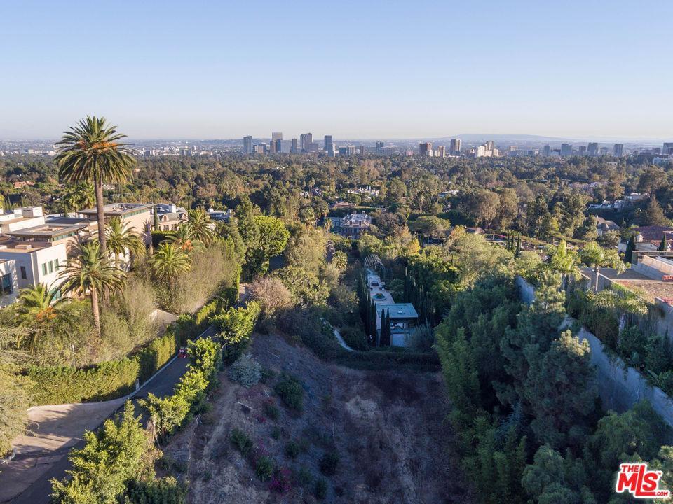 677 NIMES Road, Los Angeles (City), CA 90077