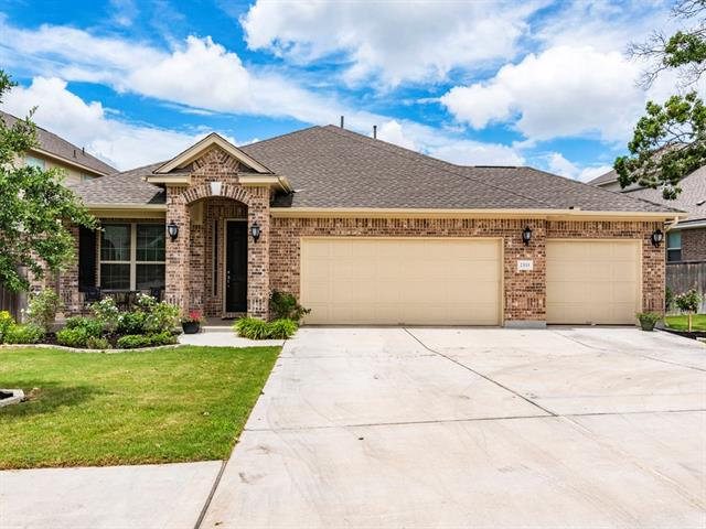 Fabulous 4/2.5 nestled on a quiet street in Crystal Falls! This lightly-lived in home boasts a 3 car garage, open concept floor plan, lots of natural light throughout, hardwoods throughout, gourmet kitchen w/stainless appliances & a center island that overlooks the living area. 4 well-sized bedrooms + dedicated office to suit all your arrangement needs. Posh back patio is shaded on the west side and is the perfect spot to relax, grill out & entertain! Just minutes to all grade schools & 183/45!