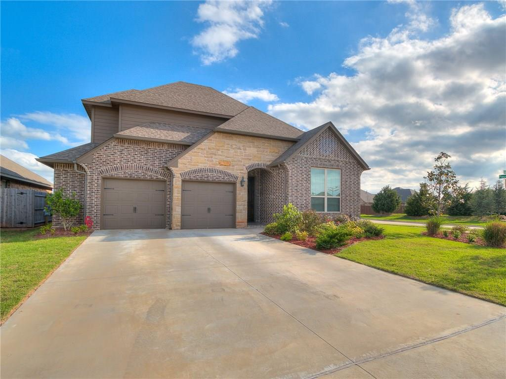 This beautiful home is at 1212 Skyler Way Eagle Cliff Norman OK