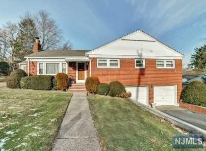 626 Lake Avenue, Oradell, NJ 07649